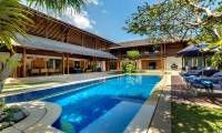 5 Bedrooms Villa Windu Sari in Seminyak